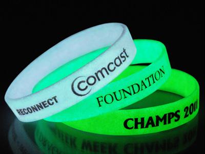 Glow In The Dark Rubber Bracelets Custom Silicone Wristbands