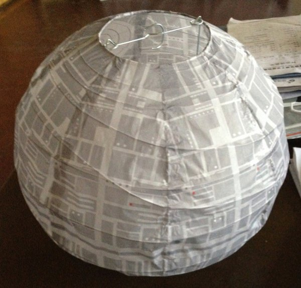 custom paper lanterns Specialist wedding and events team with over 700 types of paper lanterns and chinese lanterns with a bespoke creative studio to create almost any wedding decoration.